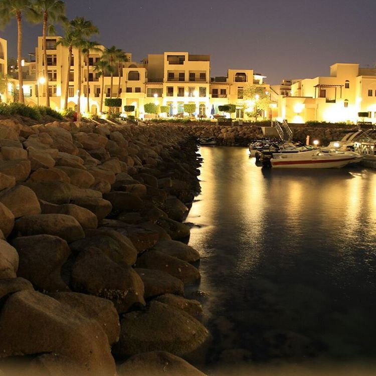 """#aqaba #family #beauty #Jordan in love with aqaba via Muhammad al_shelleh"""