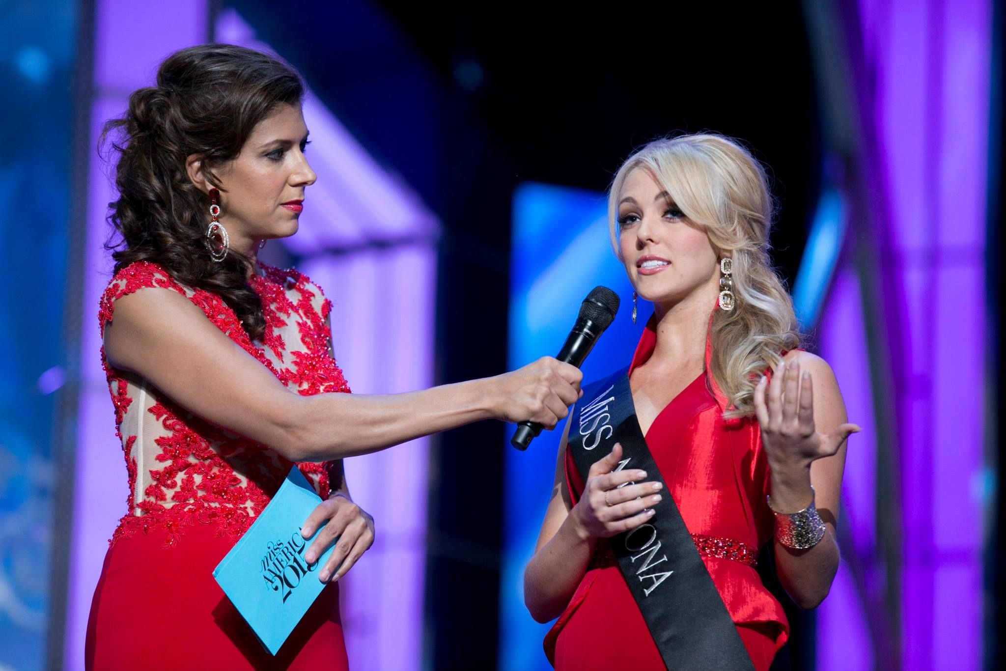Miss Arizona Rocks Her Interview Question Wearing A Red Dress From Mac  Duggal At Miss America
