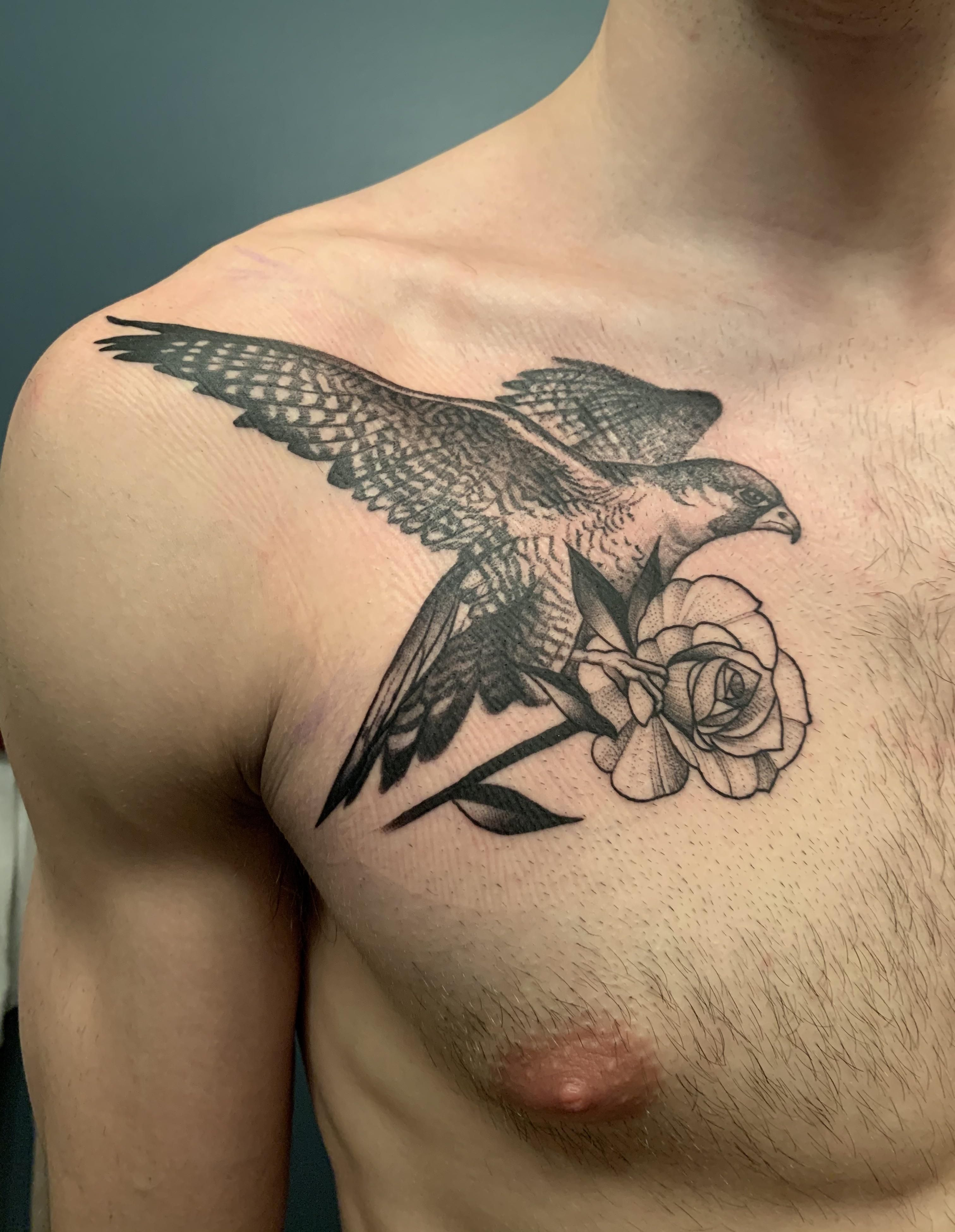 Peregrine Falcon With Rose By Joe Perreze At The Silver Key In Davenport Ia In 2020 Falcon Tattoo Tattoos Side Tattoos