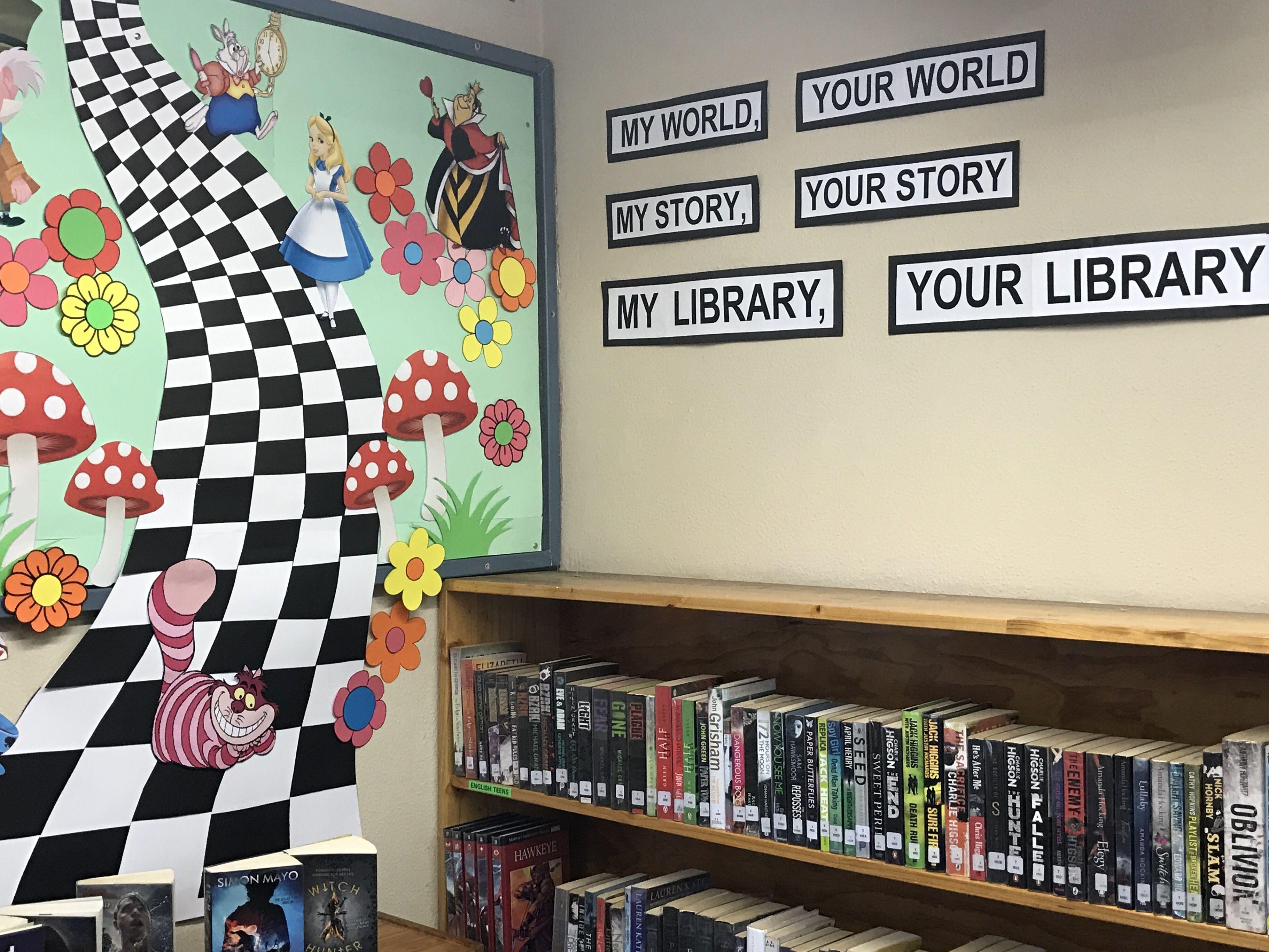 Children S Library Display Alice In Wonderland