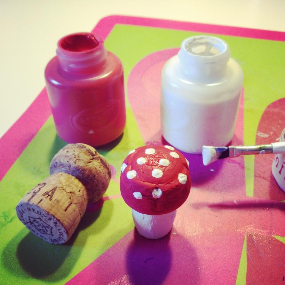 """Found this on the """"Creative crafts for creative kids"""" FB Page!     Save those corks for your crafty kids! Champagne corks make adorable toadstools!"""