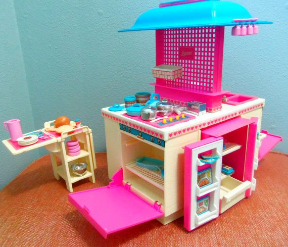 Kitchen Set Of Barbie: 1980's Barbie Dream Kitchen With Nearly 60 Accessories