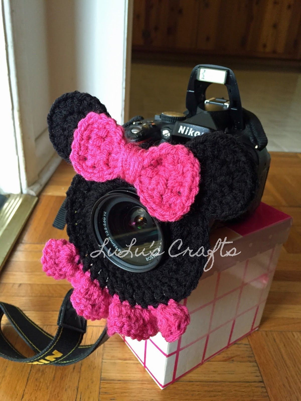 LuLu\'s Crafts: Say Cheese! Minnie Mouse Camera Lens Buddy - free ...