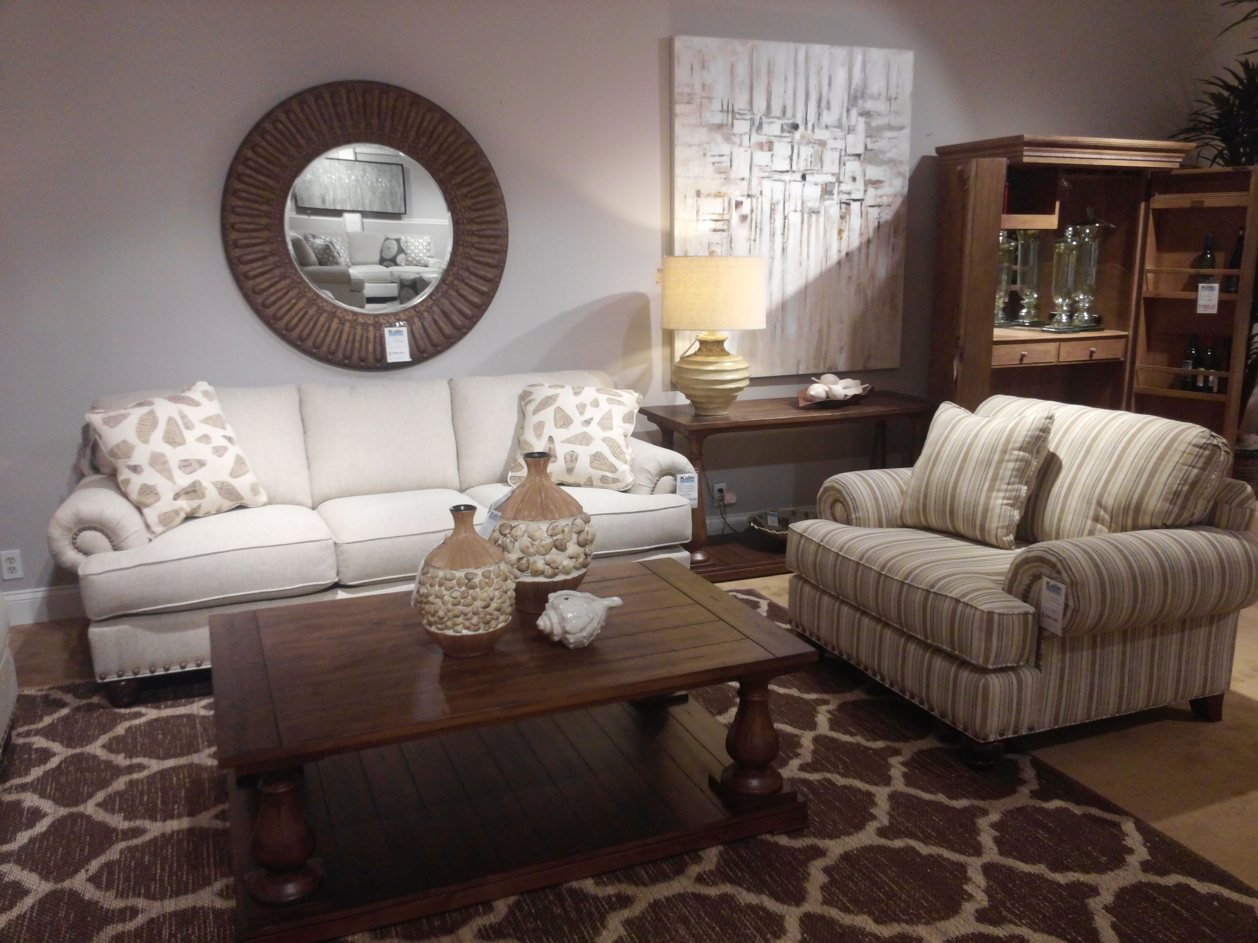 Craftmaster Rachael Ray Paula Dean Featured At Kalin Home Furnishings Ormond Beach Living Room