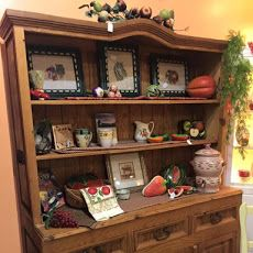 GONE COUNTRY | We have a wonderful rooster-themed country living room at our Family Store stocked with adorable country decor, furniture and accessories. Shop today at 2255 Davis Blvd from 10 am - 4 pm. www.salvationarmynaples.org