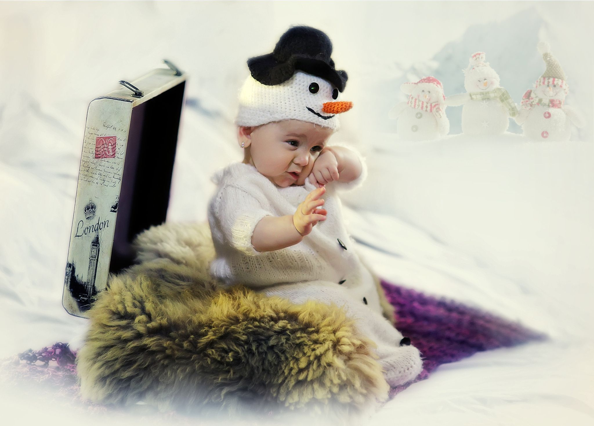 The little sleepy snowman by Alexandru Vilceanu on 500px