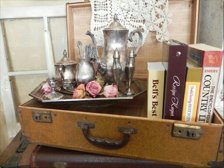 Pin by Linda Smith on Luggage Decor | Suitcase decor ...