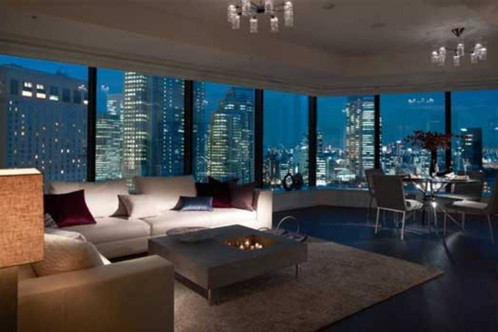 Super cheap rental place in Shinjuku | Nyc apartment ...