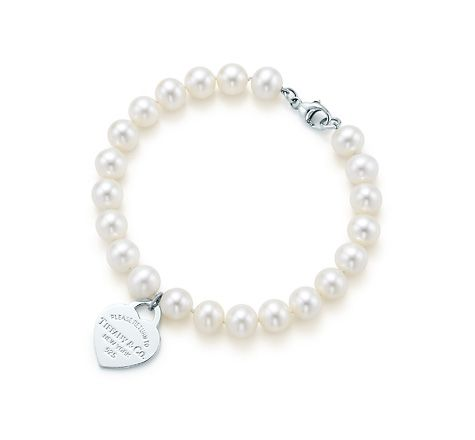 Return to Tiffany small heart tag in silver on a freshwater pearl bracelet Tiffany & Co. 8Gfi0KY