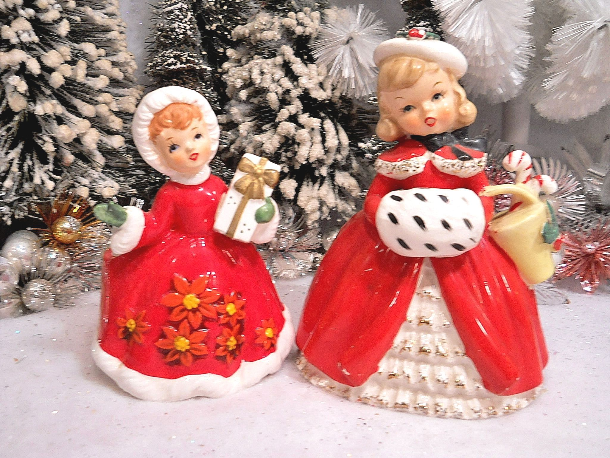 Vintage christmas decorations 1950s - 1950s Christmas Shopper Girls Ceramic Figurines
