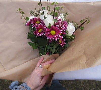 How To Wrap Flowers In Brown Paper Google Search Good To Know