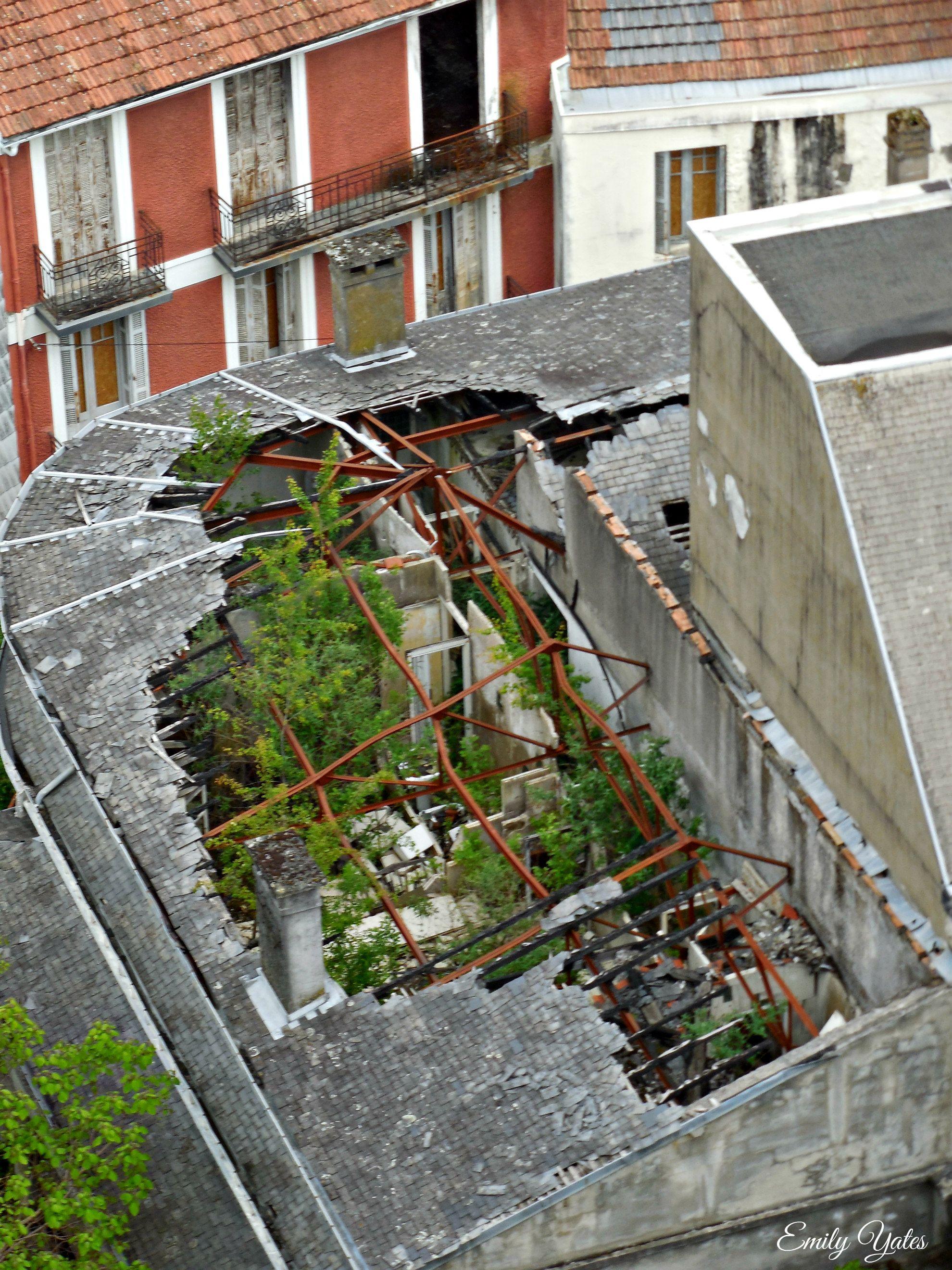 Broken Roof Garden Area In Lourdes France Roof Garden Lourdes France Outdoor