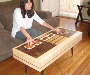 sympa la table de salon geek pinterest tables basses les tables et le moral. Black Bedroom Furniture Sets. Home Design Ideas