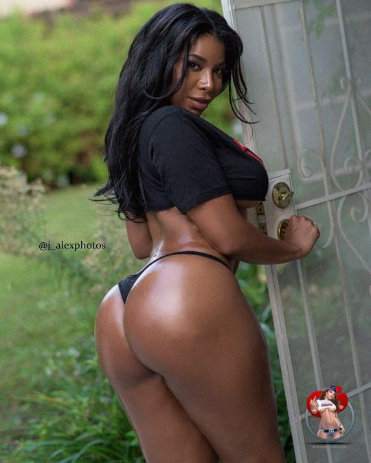 Mijn Ebony ass