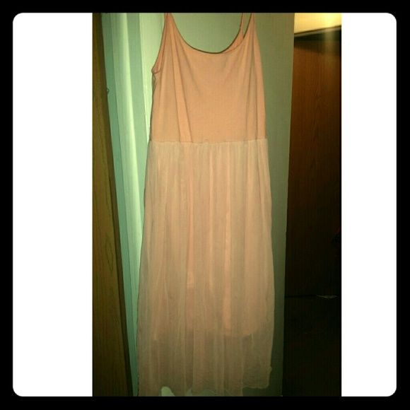 Coral/Peachy-Pink Tulle Dress Lined & Beautiful! Dress it up or down & super comfy! Normal Wear Xhilaration Dresses