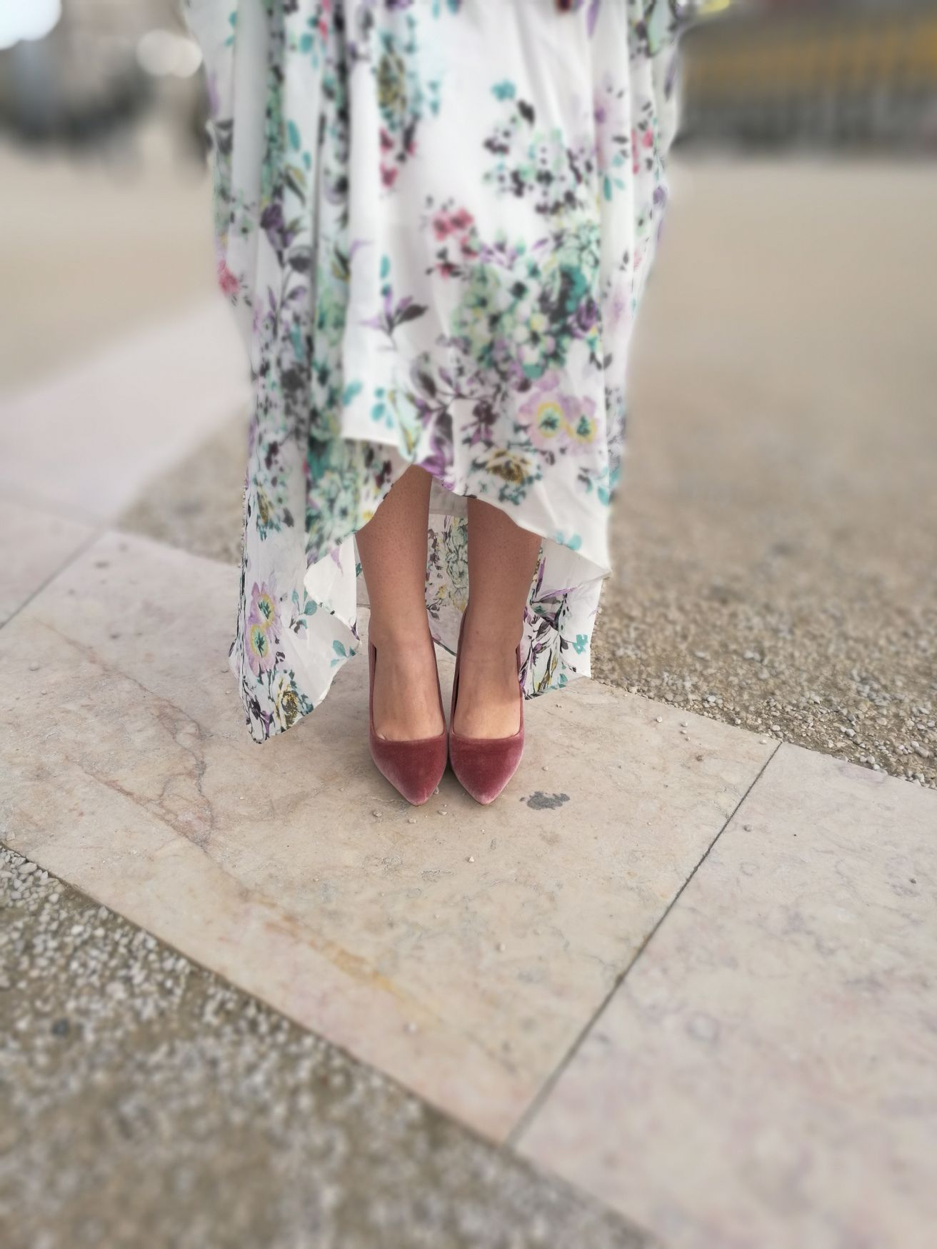 Vestido largo flores zapatos