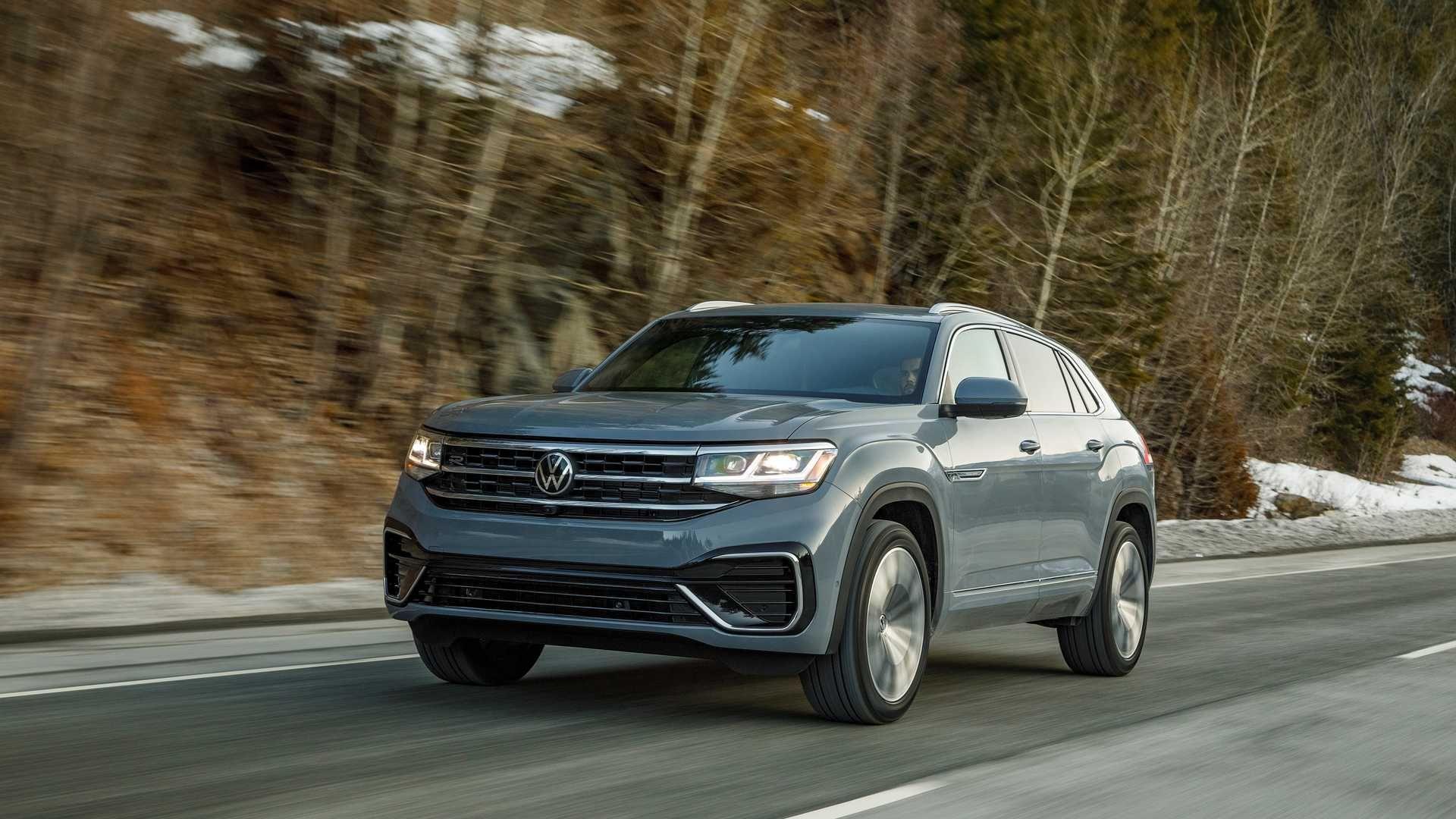 2020 Volkswagen Atlas Cross Sport Review Pricing And Specs In 2020 Volkswagen Volkswagen Passat Vw Group