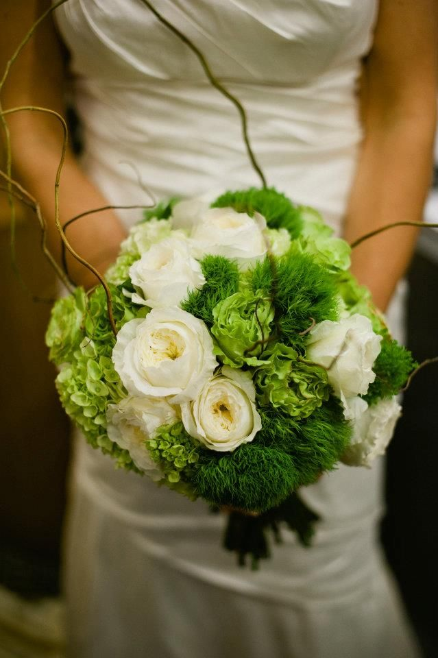 White garden roses green hydrangea roses and