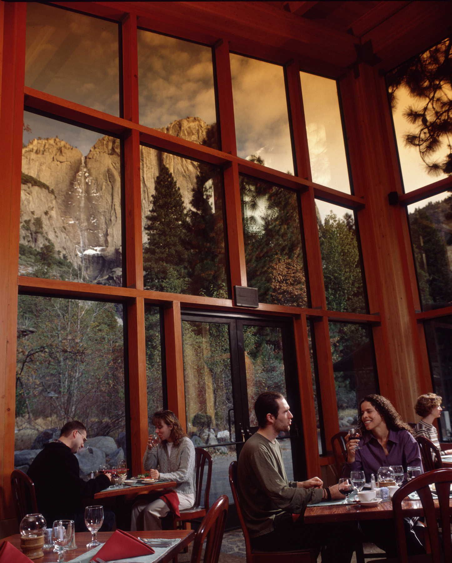 Mountain Room Restaurant At Yosemite Lodge