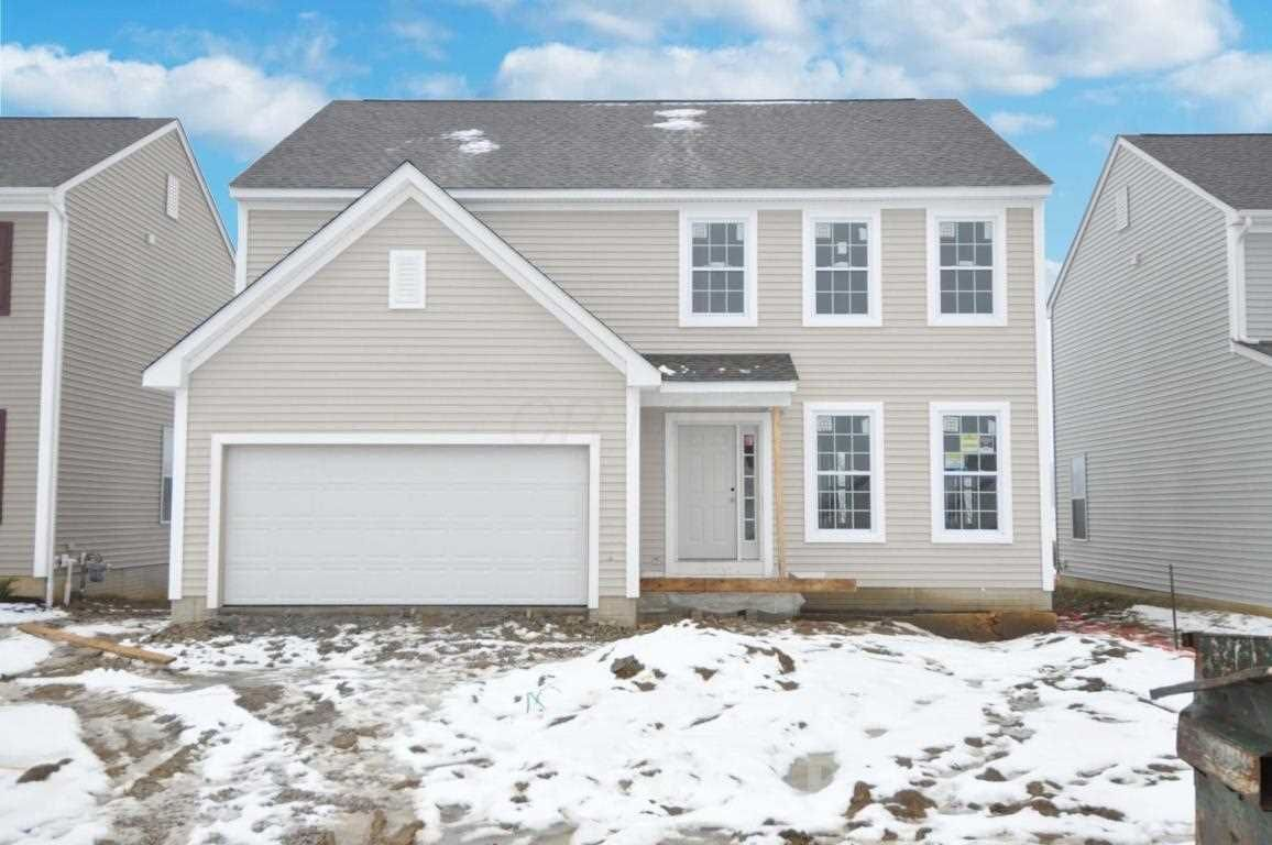 Check Out This Fabulous House For Sale In Cedar Run Blacklick Blacklickhomesforsale 273 184 4 Bedrooms 2 1 Bathr New Home Buyer Sell My House Estate Homes