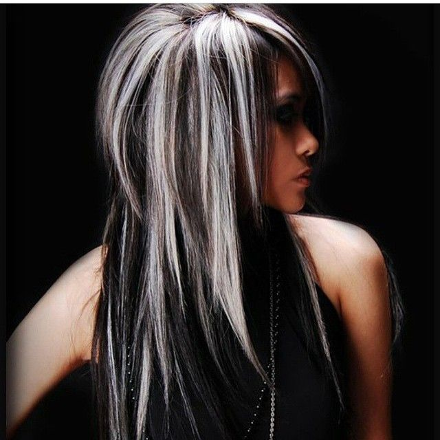 Фото девушек с черным цветом волос