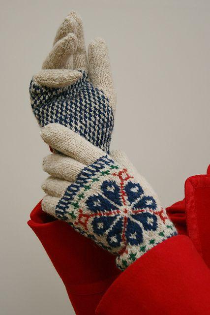 Elegant Coat-Gloves pattern by Susan Crawford | Ravelry, Gloves ...