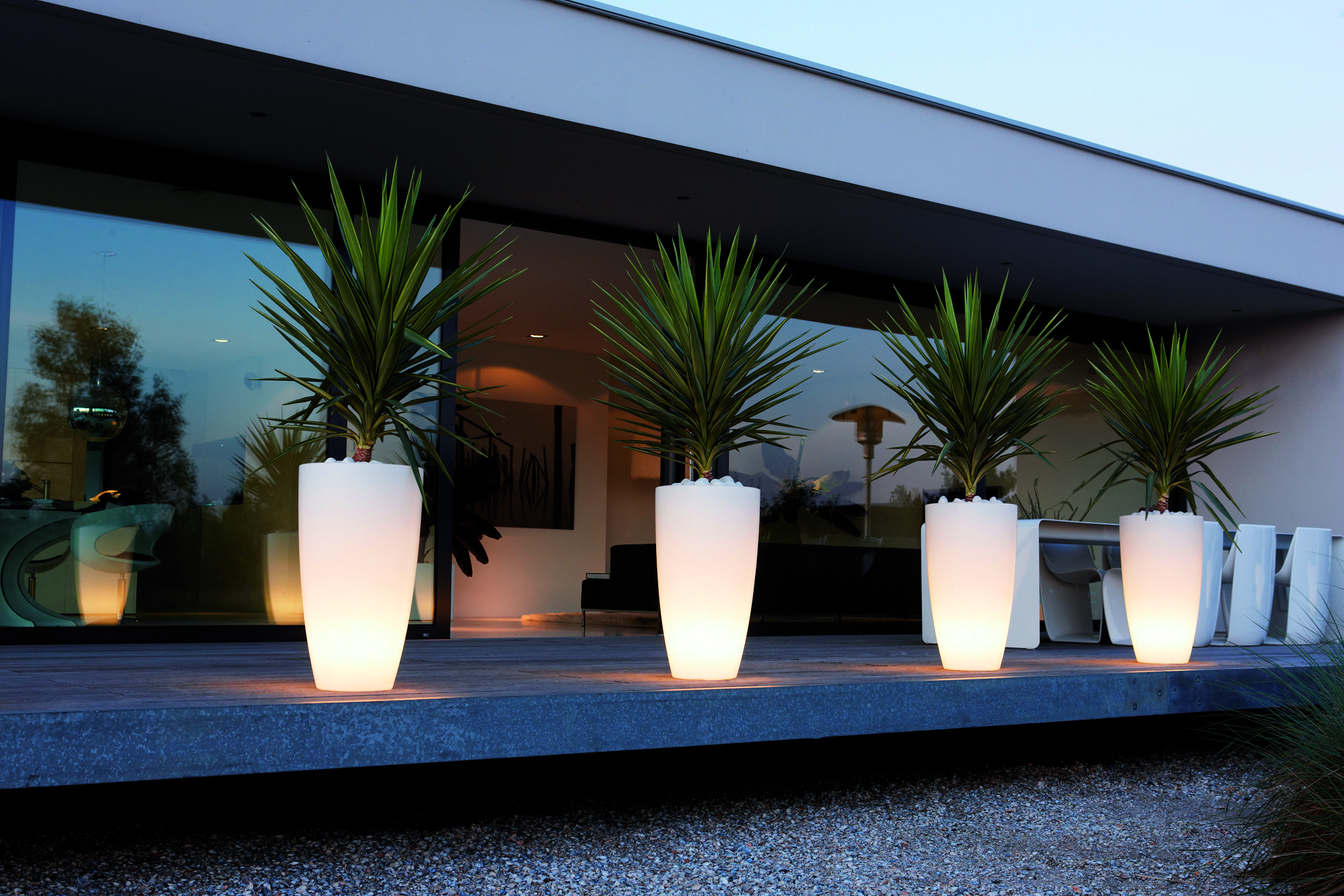 Elho Led Light Up Plant Pots Create An Atmosphere In Your Garden With This Effective Mood Lighting Modern Planters Outdoor Backyard Landscaping Outdoor Pots