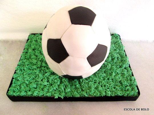 Bolo Bola De Futebol Com Imagens Bola De Futebol Escola De