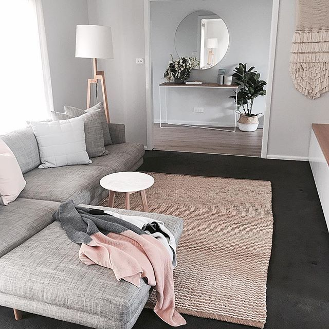 The year is not over yet but I'm starting to look back at the year that was and this has to be one of my favorite rooms of the year. Thanks to my beautiful client (and now friend) Leila for being so so beautiful to work with