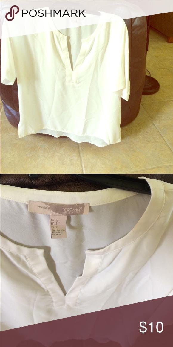 b09497f5945 ❤️Forever 21 White Flowy Top Forever 21 sheer white blouse Forever 21 Tops  Blouses
