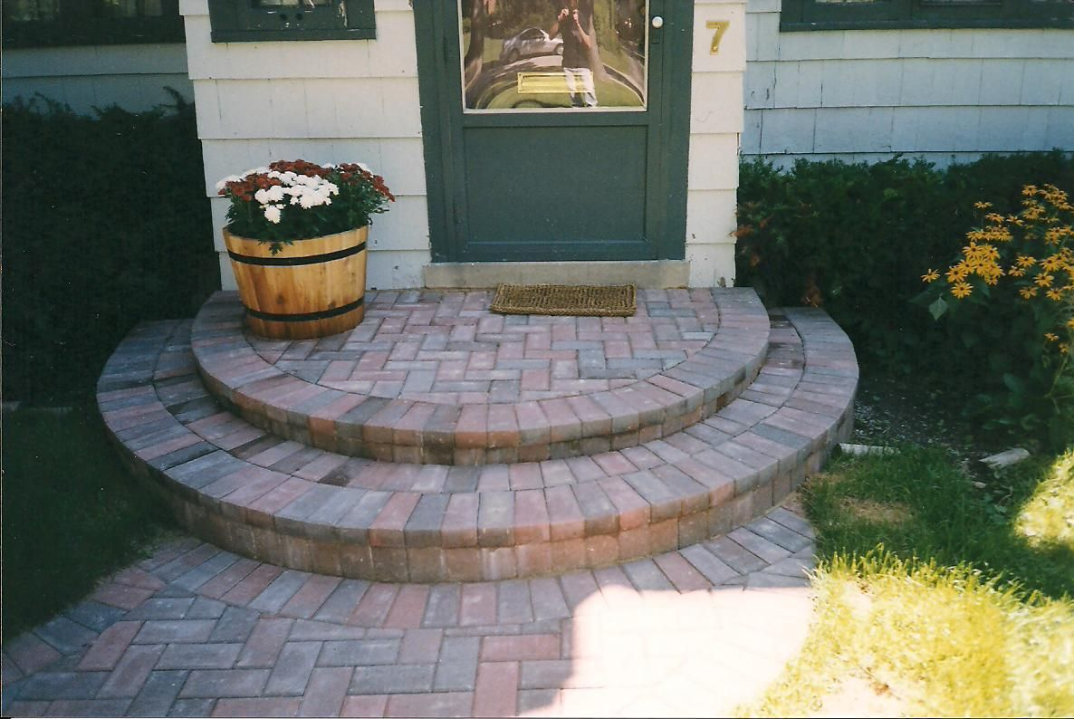 Captivating brick front porch steps design ideas exterior for Exterior stone stairs design
