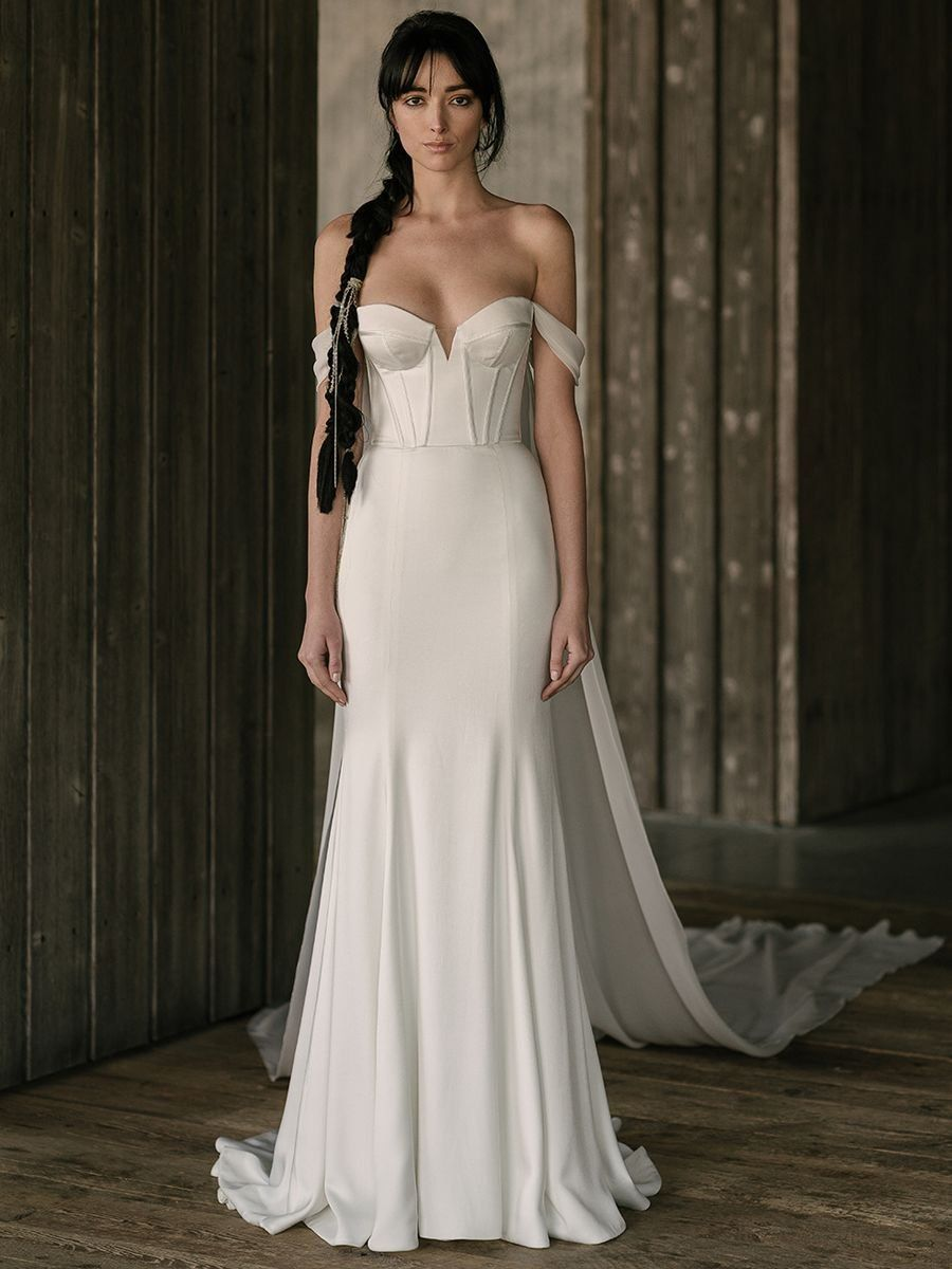 See Rivini Wedding Dresses From Bridal Fashion Week Wedding Dresses Wedding Dresses Lace Modern Wedding Dress