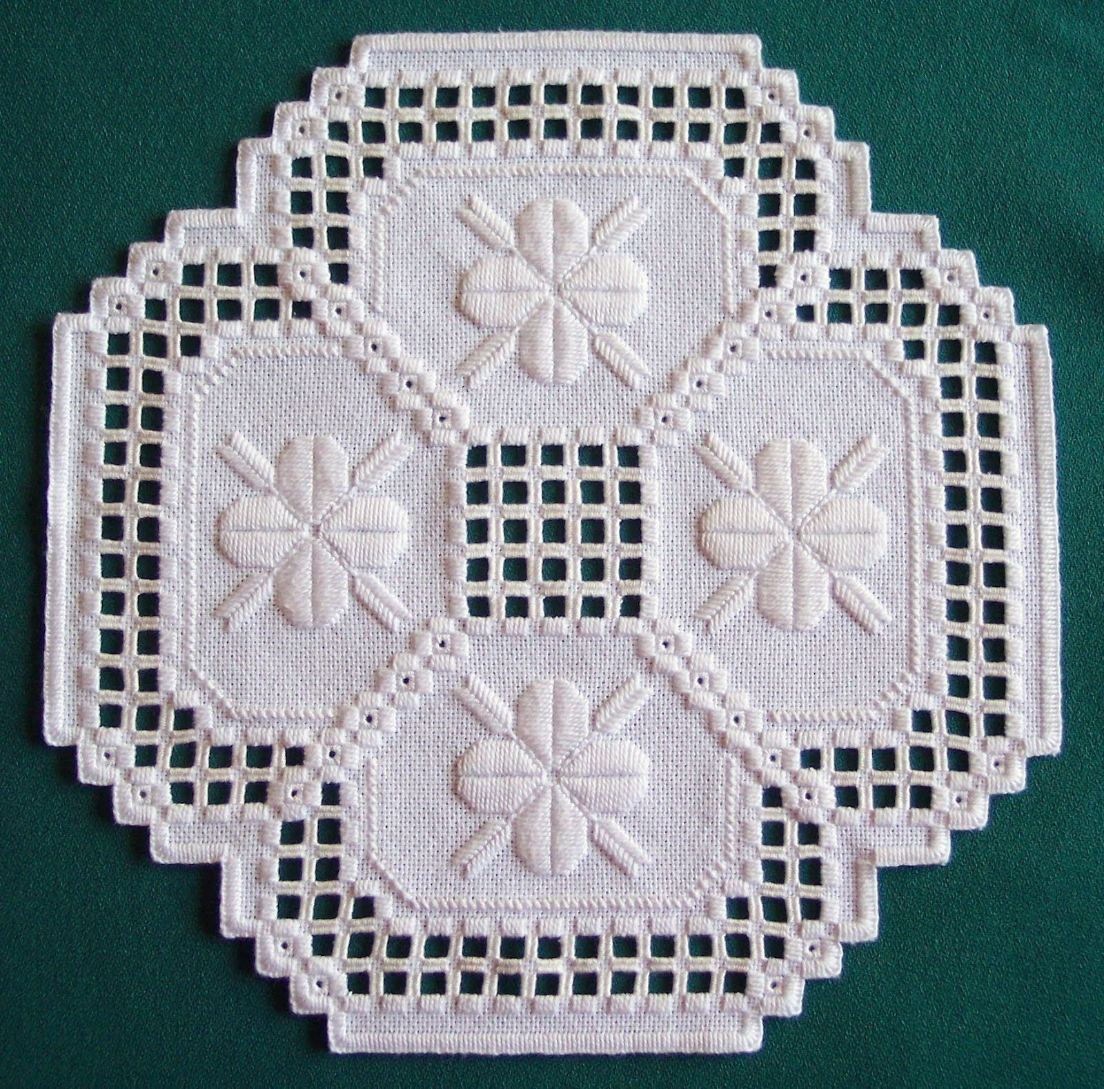 hardanger patterns free | Here is the doily in all of it\'s glory ...
