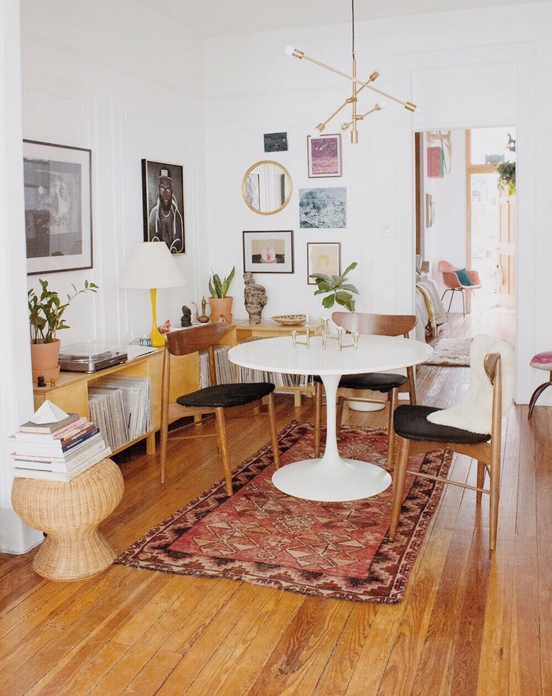 global cool gallery walls u2022 brooklyn home tour decor inspiration rh pinterest com