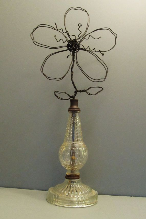 Wire Flower Photo Note Card Holder On Vintage Glass Lamp Base Wire Crafts Wire Flowers Wire Art
