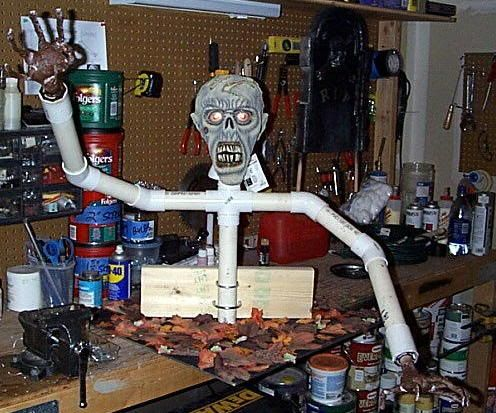 diy+zombie+props+for+halloween   Thread: Mounting PVC dummies