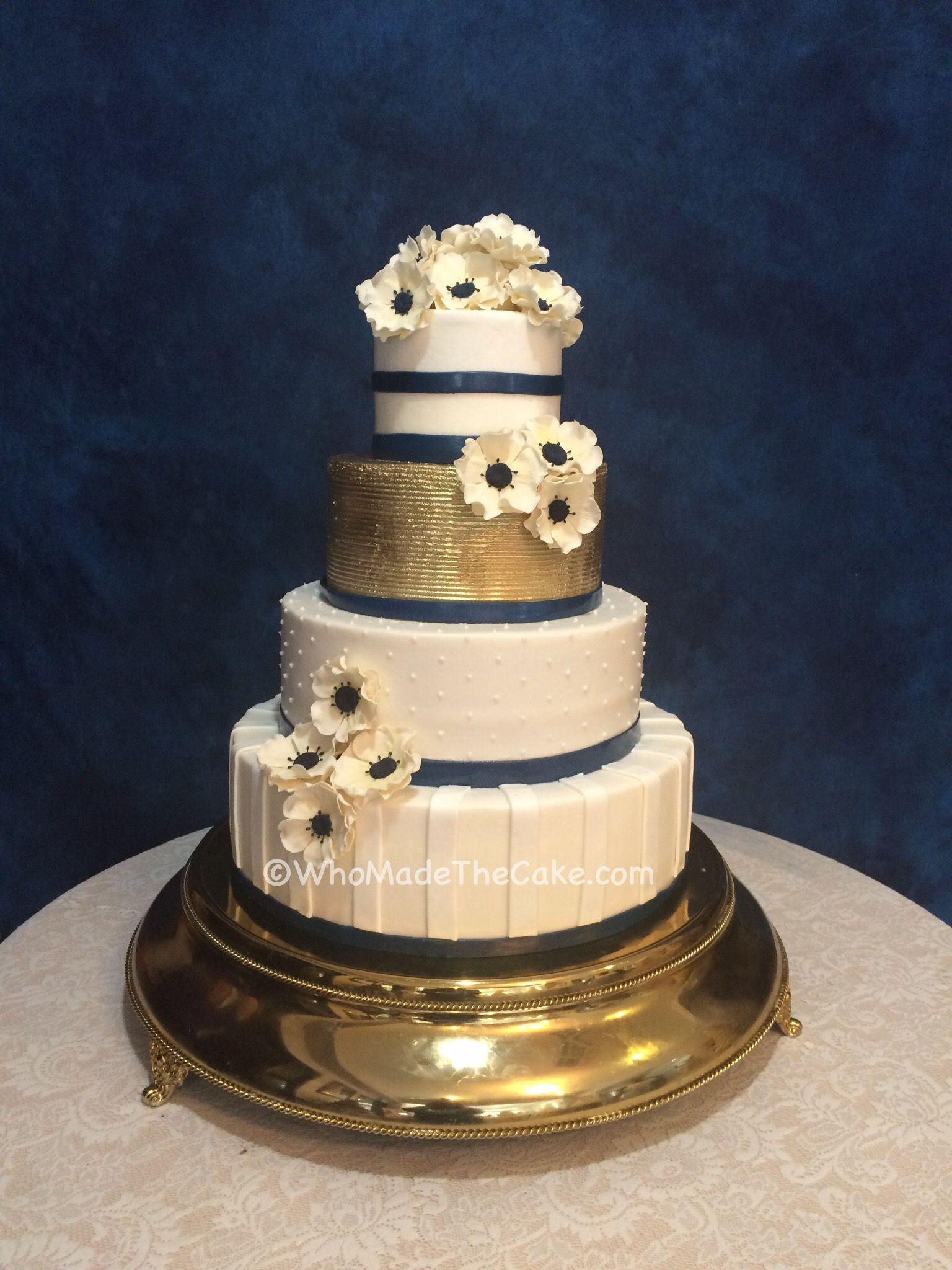 wedding cake navy blue and gold navy amp gold anemone wedding cake by www whomadethecake 23301