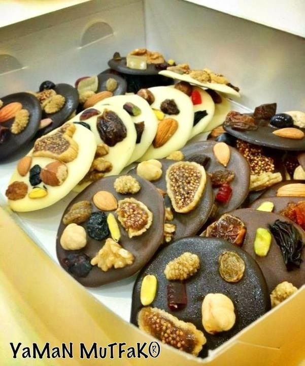 Chocolate & Dried Fruits & Nuts! YaMaN MuTFaK bakes for gourmets!