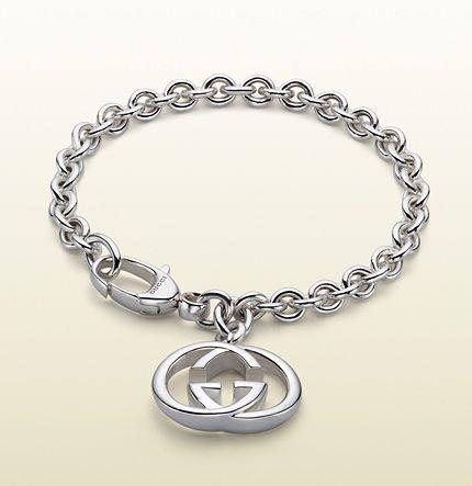 331f1a369 Gucci - bracelet with interlocking G motif charm. 190501J84008106  http://www.