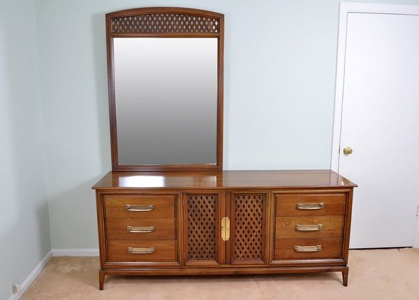 Best Mid Century Willett Pecan Low Dresser With Mirror Low 400 x 300