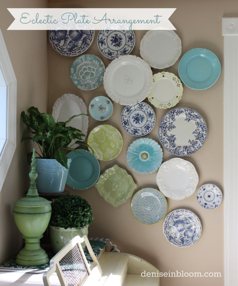 Creating An Eclectic Wall Plate Arrangement | Assiettes décoratifs ...