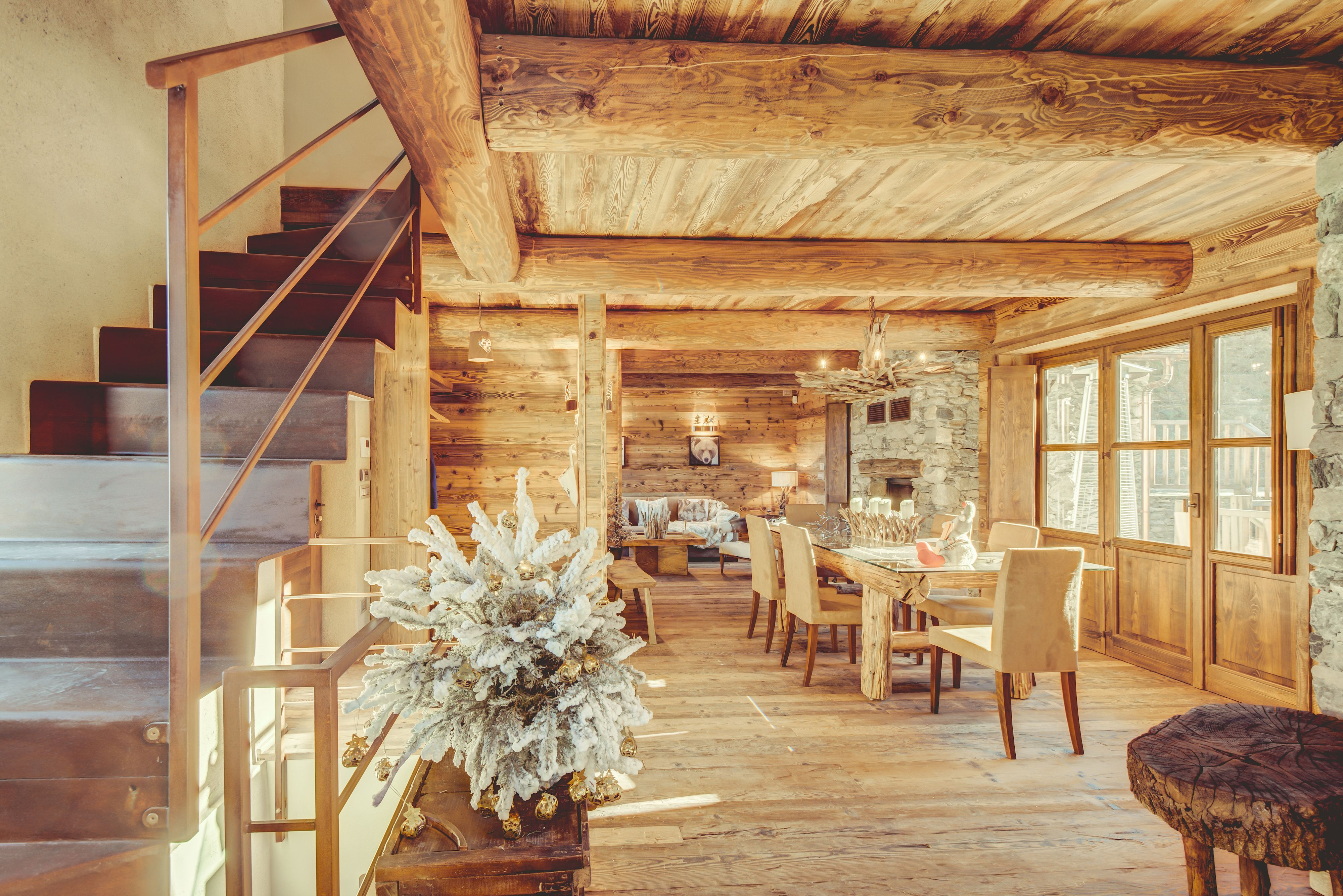 Ski chalet furniture Vintage Ski Ski Chalet Dining Room With Leather Chairs Wooden Floor And Furniture Big Windows With Snow Magazine Ski Chalet Dining Room With Leather Chairs Wooden Floor And