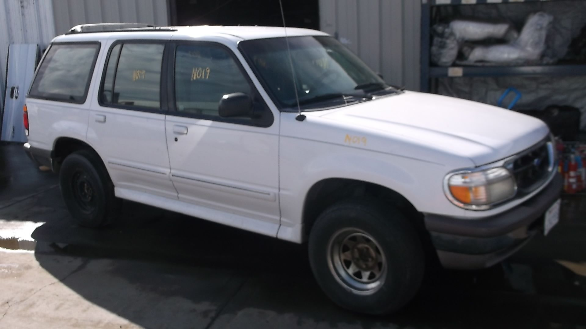 1997 Ford Explorer Xlt 4 Door 4wd 0l With 155k Miles