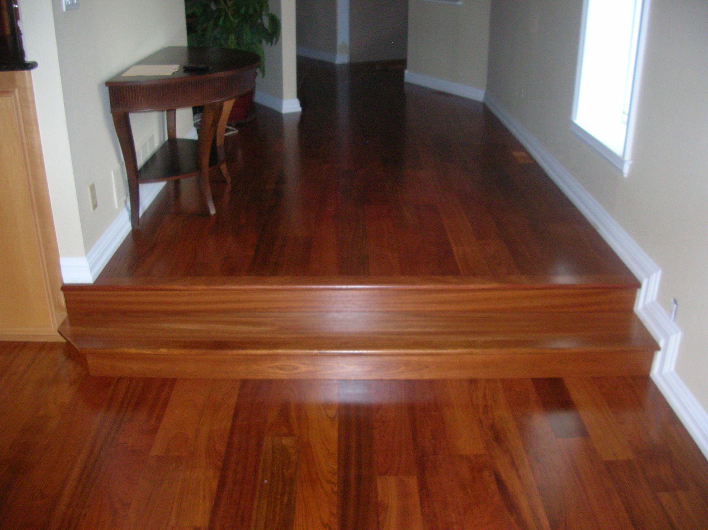 Ideal floors,,,no carpet other then area carpet. Brazilian