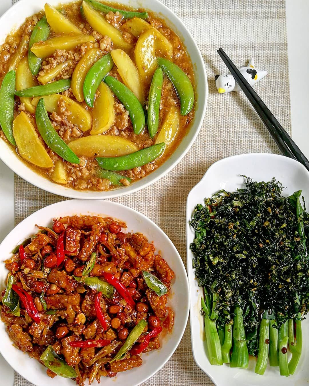 Masakan Hari Ini Kentang Tumis Daging Sambal Goreng Tempe Dan Kailan Krispi 2 Rasa Resep Kailan Krispi 2 Rasa Masakan Tumis Resep