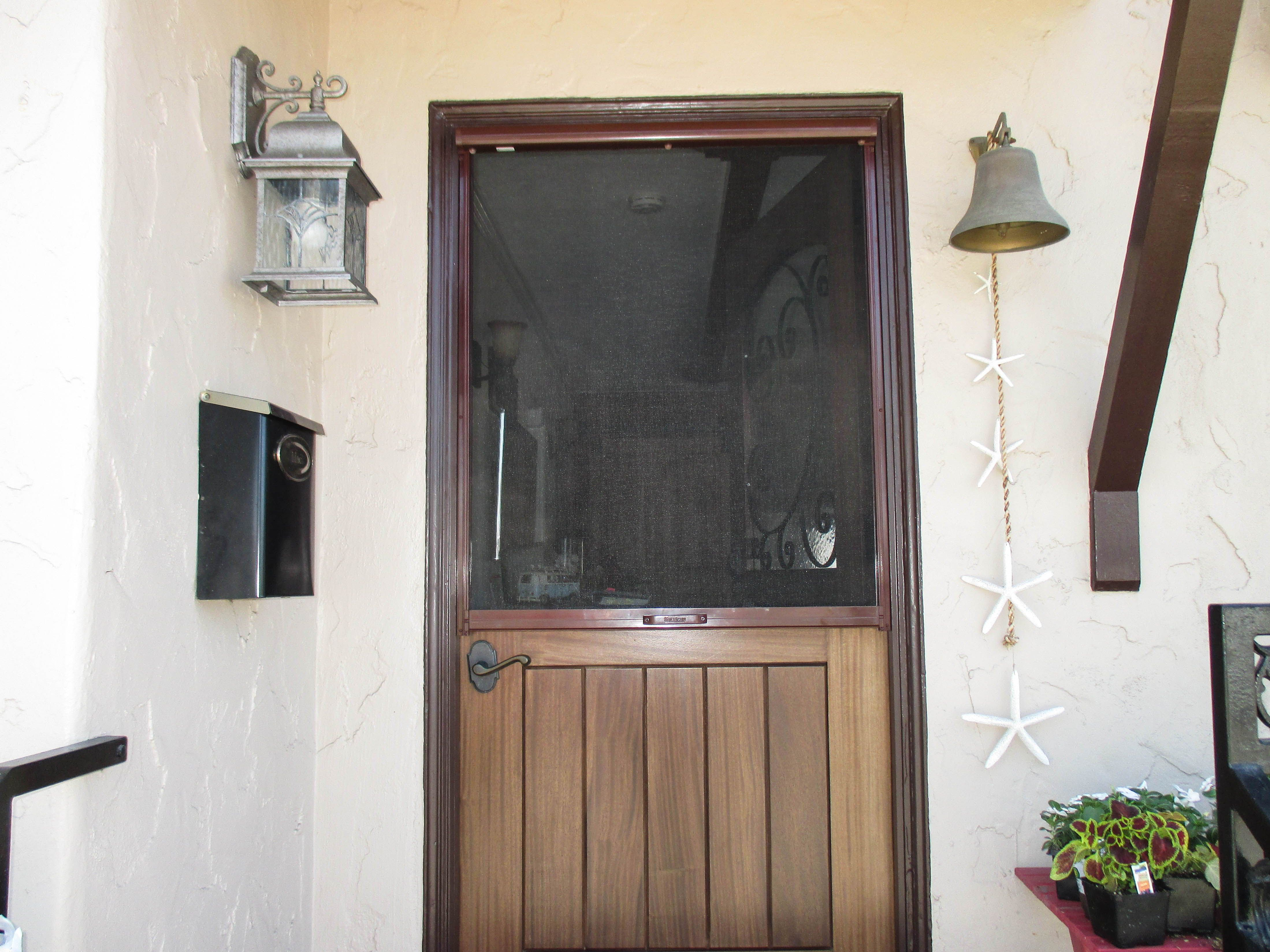 Check Out This Pull Down Mahogany Framed Retractable Screen With