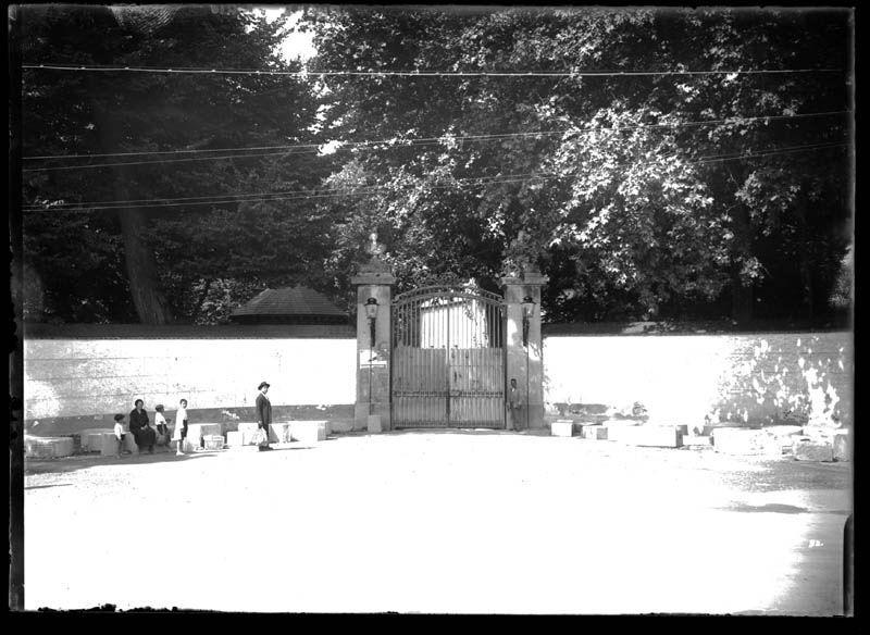Puerta del Río de la casa de Campo (Puerta del Rey) antes de las obras de ensanche