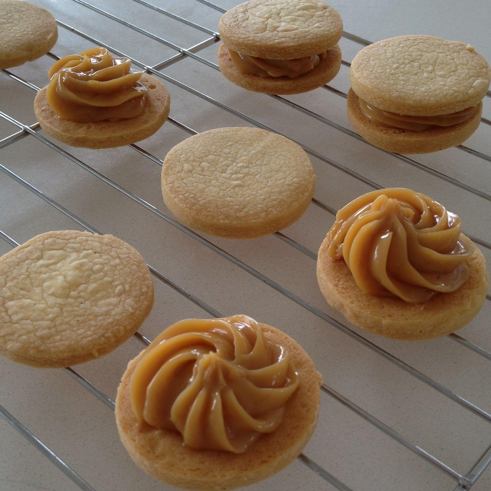 Salted caramel biscuit cookies