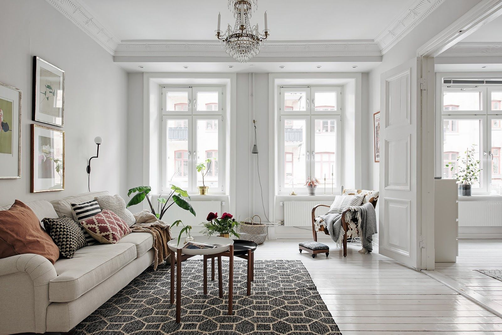 Decorate small spaces so much light in scandinavia home shabby
