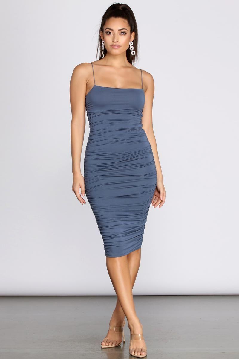 Fall For Me Ruched Midi Dress In 2021 Ruched Midi Dress Midi Dress Bodycon Dresses [ 1200 x 800 Pixel ]